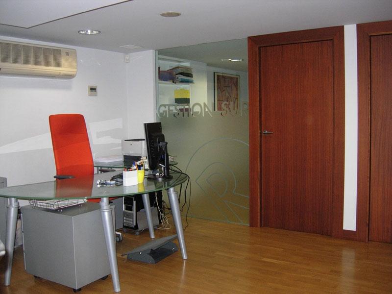 locales-y-oficinas-49