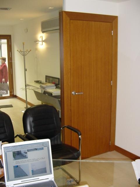locales-y-oficinas-72